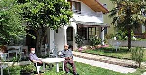 Yazlıkçılar 'salgın' korkusuyla evlerine kapandı